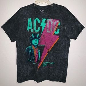 AC/DC Highway to Hell Distressed Band T Shirt Sz M